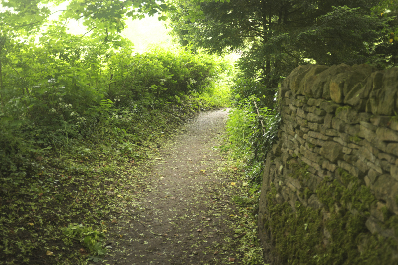 Footpath in Upper Slaughter