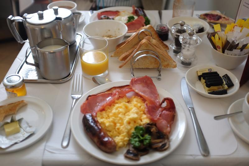 Harlingford Hotel Breakfast