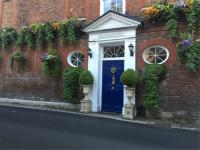 イギリス ロンドン・ヒースロー空港近くのB&B ハモンズワース・ホール・ゲスト・ハウス Harmondsworth Hall Guest House に泊まりました。